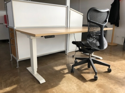 Elevar Height Adjustable Desk